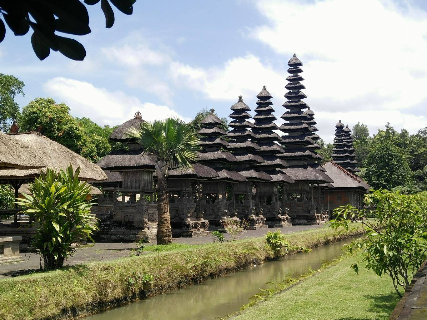 temple mengwi